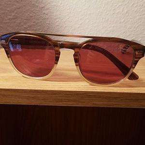 NWOT Pengiun fashion sunglasses